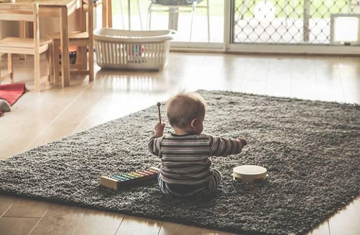 παιδικά παιχνίδια στο σπίτι