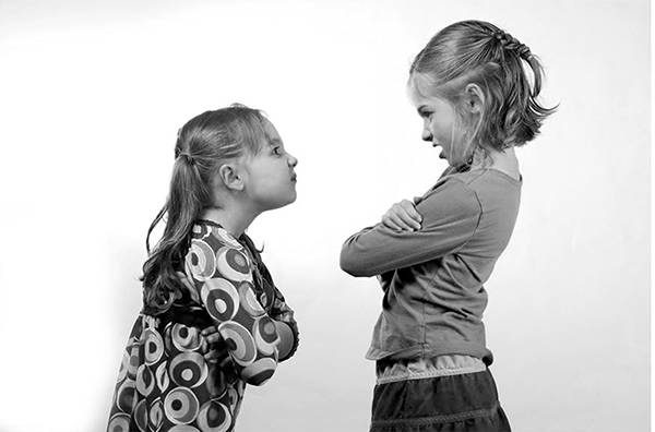 Διδάξτε τα παιδιά πώς να χειριστούν τις συγκρούσεις στη ζωή τους
