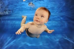 Από ποια ηλικία μπορεί να ξεκινήσει το παιδί κολύμβηση;