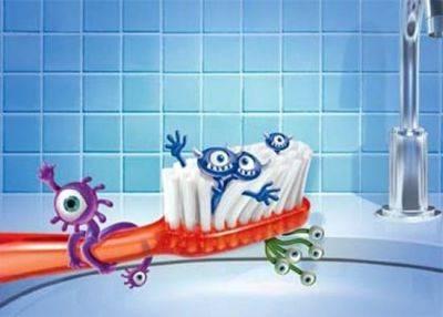 Πώς να καθαρίστε την οδοντόβουρτσα σας με φυσικό τρόπο