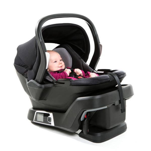 Παιδικό κάθισμα αυτοκινήτου που «εγκαθίσταται μόνο του»