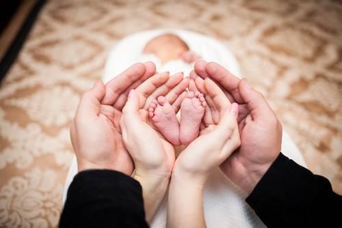 Παρένθετη μητέρα: Τι πρέπει να ξέρετε