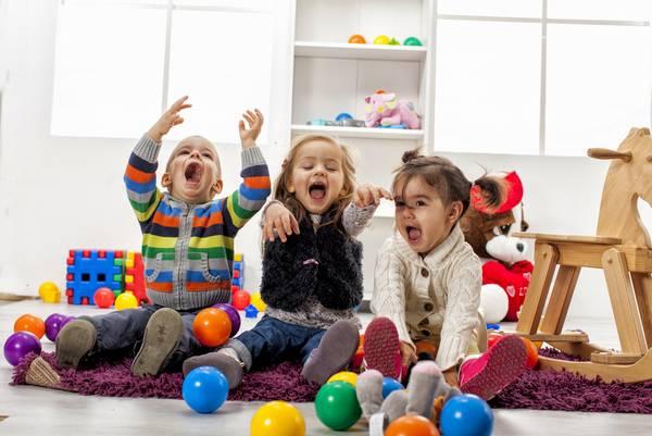 Γιατί το παιδάκι μου δεν παίζει με τα άλλα παιδιά;
