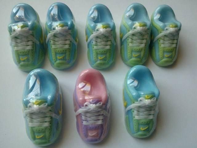 diy χρωματιστά σαπουνάκια