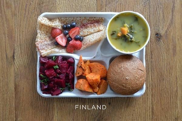 Μεσημεριανό των Μαθητών στα Σχολεία ανά τον Κόσμο