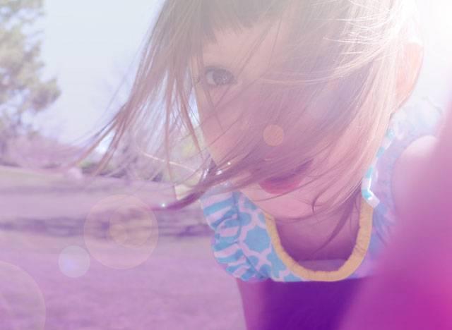 Μπορούμε να κάνουμε τα παιδιά μας αισιόδοξα; Πώς μπορούμε να μάθουμε στα παιδιά μας να σκέφτονται θετικά;