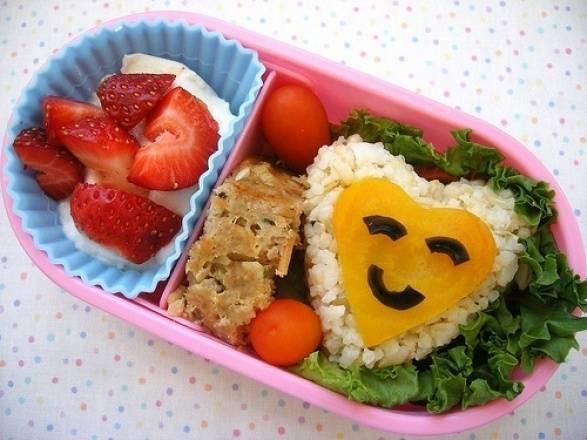 7 μυστικά για να τρώνε τα παιδιά περισσότερα φρούτα και λαχανικά.