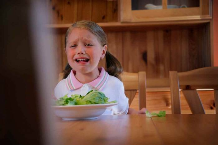 Το παιδί σας αρνείται να φάει λαχανικά. Τι πρέπει να κάνετε;