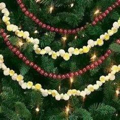 Χριστουγεννιάτικη κατασκευή: γιρλάντες με ποπ κορν