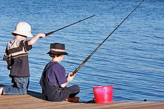 Παιδιά και ψάρεμα