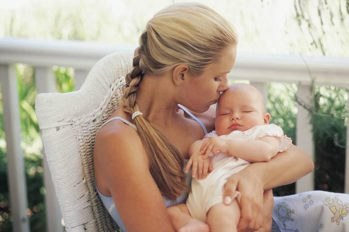 Φροντίδα μωρού τις πρώτες μέρες στο σπίτι