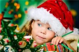 Πως να επιβιώσετε και να απολαύσετε τις γιορτινές μέρες