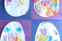Πασχαλινά αυγά με χαρτί περιτυλίγματος