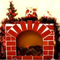 Χριστουγεννιάτικο τζάκι από χαρτονένια κούτα