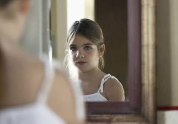 Σε ποιά ηλικία ντρέπονται τα κορίτσια για το σώμα τους