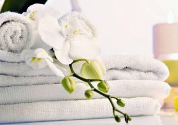 Πώς να απομακρύνετε από τις πετσέτες και τα ρούχα σας από τη μυρωδιά της μούχλας