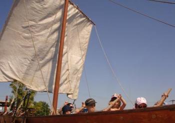 Σαββατιάτικα και Κυριακάτικα  Εκπαιδευτικά Προγράμματα  Οκτωβρίου 2015  στον «Ελληνικό Κόσμο»