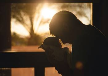 Ένας καρκίνος όρχεων και μια θαυματουργή γέννηση