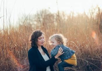 15 πράγματα που μία μαμά δεν πρέπει να λέει ή να κάνει μπροστά στα παιδιά της
