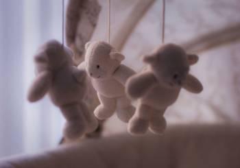 Παιχνιδια με μωρά (βίντεο)