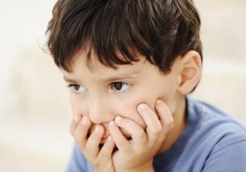 Γιατί οι γονείς πληγώνουν τόσο βαθιά το παιδί τους;