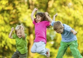 Συμβουλές για να προετοιμάσετε το παιδί σας για την θερινή κατασκήνωση