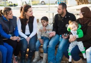 Πάρτε περισσότερα προσφυγόπουλα από την Ευρώπη