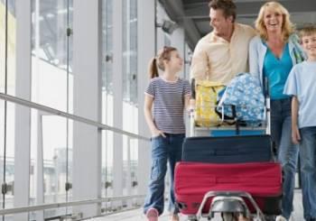 Συμβουλές επιβίωσης  όταν ταξιδεύουμε με μικρά παιδιά