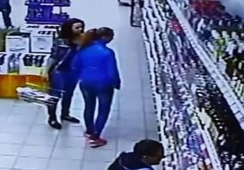 Βάρη: Ρομά προσπάθησαν να απαγάγουν 3χρονο μέσα σε σούπερ μάρκετ (video)