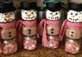 Χριστουγεννιάτικοι χιονάνθρωποι από βαζάκια