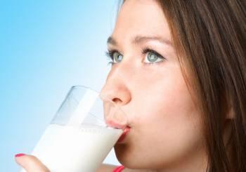 Μήπως οι έφηβοι δεν πίνουν πολύ γάλα;