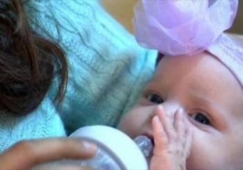 Προτίμησε να μην ρίξει το παιδί της από το να σωθεί από τον καρκίνο!