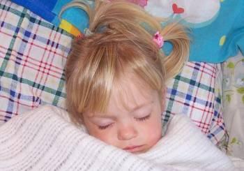 Διορθώνοντας τις κακές συνήθειες στον ύπνο του μωρού