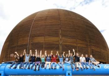 Διάκριση Ελλήνων μαθητών στο CERN!