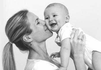Bio-Oil: σύμμαχος για όμορφη επιδερμίδα, κατά τη διάρκεια της εγκυμοσύνης & του θηλασμού!