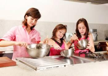 Αγίου Βαλεντίνου: Πως να περάσετε την ημέρα των ερωτευμένων ως γονείς;