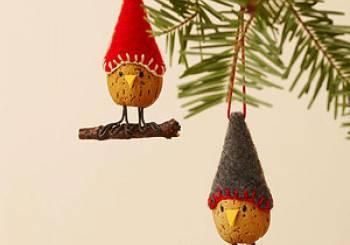 Φτιάξτε μικρά πουλάκια από αμύγδαλα για να στολίσετε το Χριστουγεννιάτικο δένδρο σας