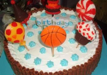 """ΕΛΗΞΕ ο διαγωνισμός: Κερδίστε μια τούρτα γενεθλίων από τα """"Γλυκοδωράκια""""!"""