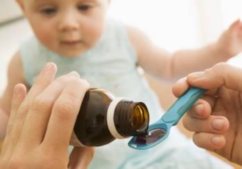 Παιδιά και Φάρμακα: Τι πρέπει να προσέχουν οι γονείς