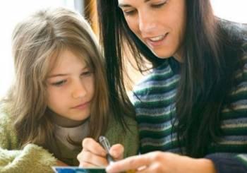 Διασκεδαστικοί τρόποι για να βοηθήσετε το παιδί να καλυτερεύσει τις δεξιότητες της γραφής