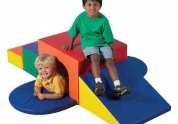 Πως πρέπει να χειριστείτε το μικρό παιδί σας που αγαπά να σκαρφαλώνει παντού