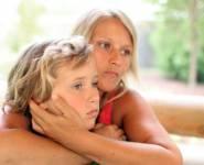 Πόσο υπερπροστατευτική μαμά είστε;